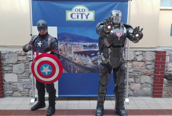 Οι Super Heroes War Machine & Captain America ΣΤΟ OLD CITY